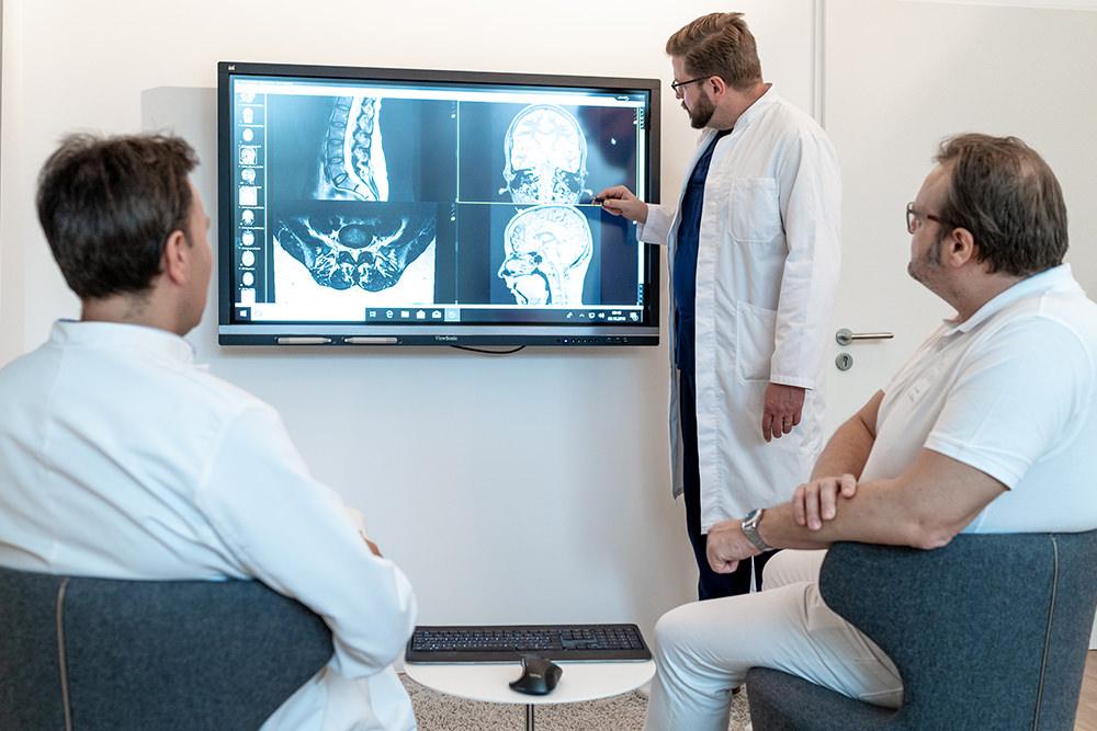 Gemeinschaftspraxis Bonn für Neurochirurgie, Orthopädie, Unfallchirurgie, Radiologie, Sportmedizin - Team Radiologie